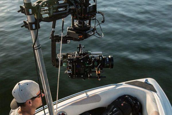 Newton-stabilized-remote-head-on-boat-Malibu-2